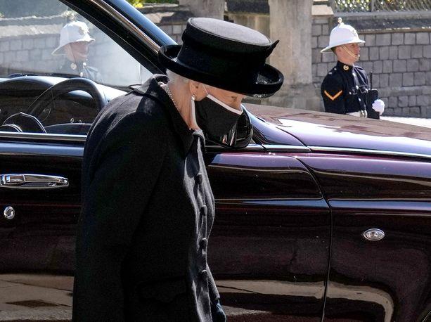 Huhtikuun 9. päivänä kuolleen prinssi Philipin hautajaisia vietettiin lauantaina 17. huhtikuuta.