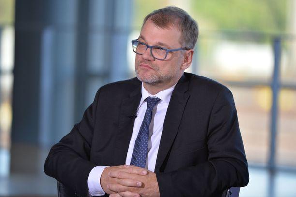 Pääministeri Juha Sipilä sanoi olevansa tietoinen siitä, että hallituksen päätökset ovat olleet ihmisille kipeitä. Sipilä lisäsi Suomen olevan kuitenkin aivan eri tilanteessa kuin kolme ja puoli vuotta sitten.