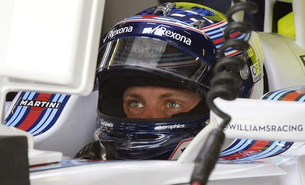 Valtteri Bottas pyrkii puskemaan Williamsin MM-sarjan kakkoseksi ohi Ferrarin.