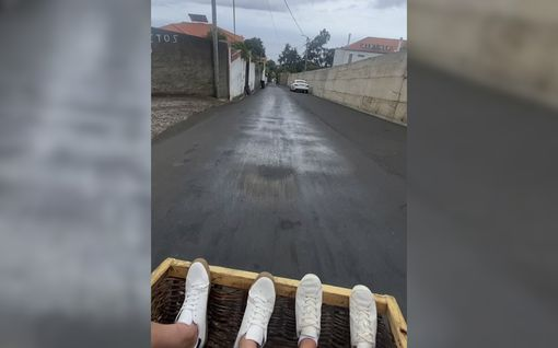 Kuin vuoristorata-ajelu kelkalla pitkin katuja – Madeiralla pääsee testaamaan vauhdin hurmaa