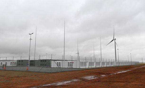 Maailman suurin akku sijaitsee tuulipuiston yhteydessä Jamestownissa Adelainen pohjoispuolella.