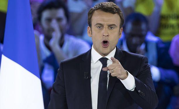 Ménardin mukaan Emmanuel Macron on ehdokkaana tullakseen kuuluisaksi.