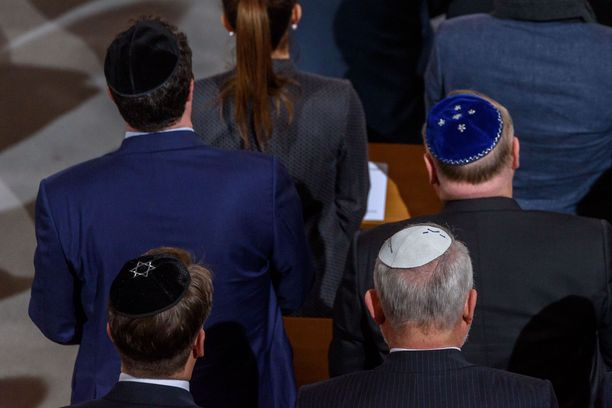 Kipa on juutalaisten perinteinen hattu.