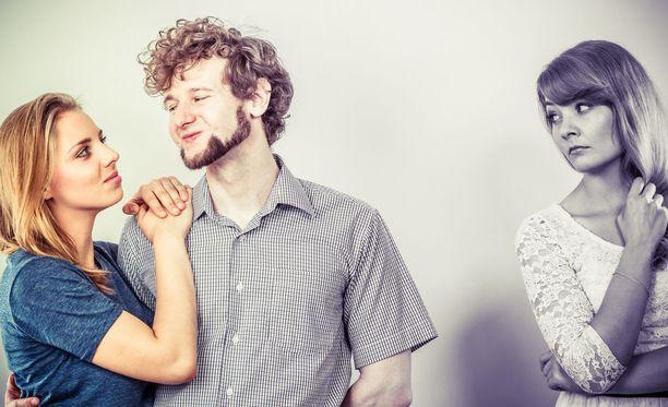 vaimoni dating toinen mies Paige dating Tanssii tähtien kanssa