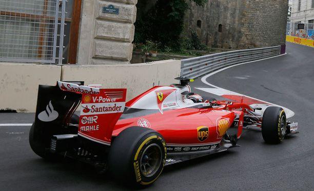 Kimi Räikkönen oli Bakun aika-ajossa kuudenneksi nopein kuski.