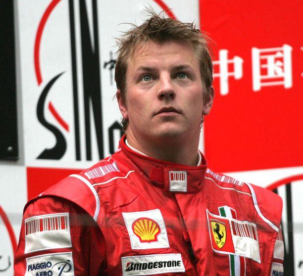 Kimi Räikkönen nousi vihdoin palkintopallille Shanghain GP:ssä.