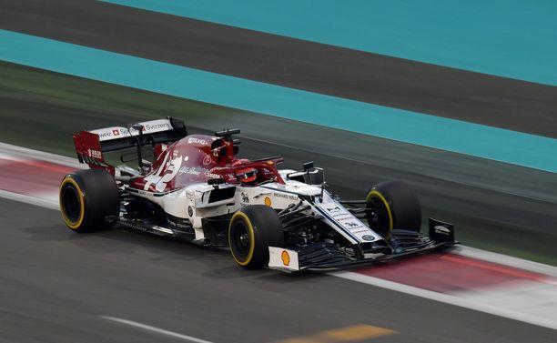 Kimi Räikkönen ei pystynyt kasvattamaan pistetiliään Abu Dhabissa.