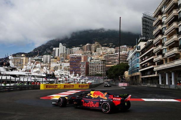 Daniel Ricciardo ja Red Bull ovat taas vahvoilla Monacossa.