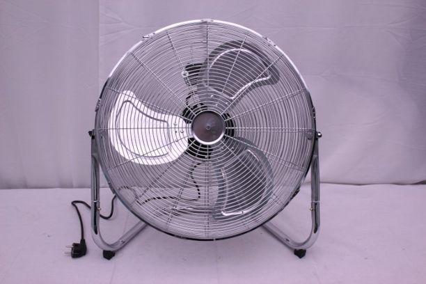 Ostitko kuvan tuulettimen? Palauta se pikimmiten kauppaan, sillä laitteessa piilee sähköiskun vaara.