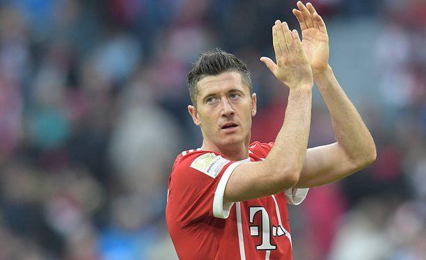 Robert Lewandowski oli mies paikallaan Mainzia vastaan.