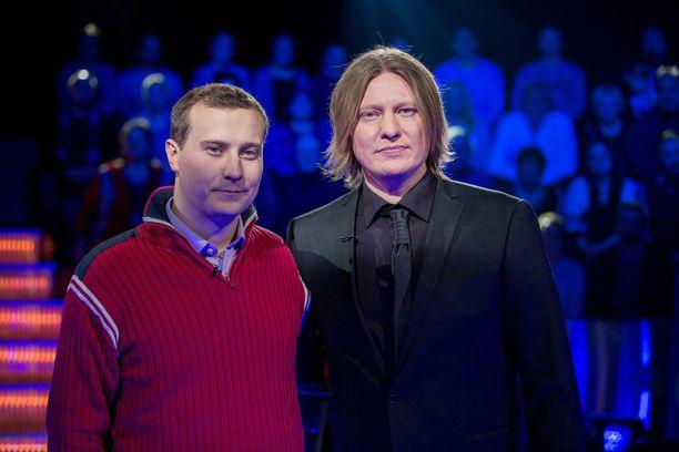 Matias Hildén osallistui Jaajo Linnonmaan juontamaan Haluatko miljonääriksi -ohjelmaan.