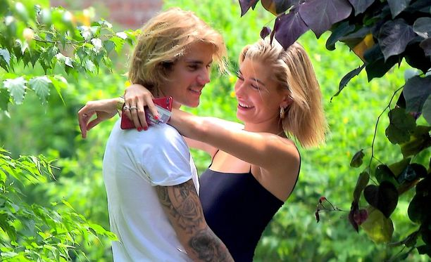 Justin Bieber ja Hailey Baldwin ovat edenneet suhteessaan kihlautumiseen asti.