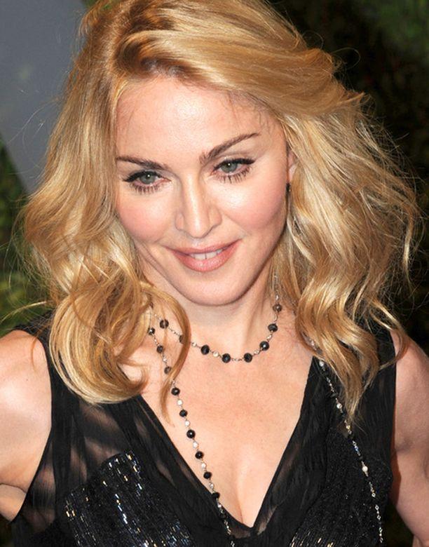 Madonnan valitus kielteisestä adoptiopäätöksestä meni läpi ylemmässä tuomioistuimessa.