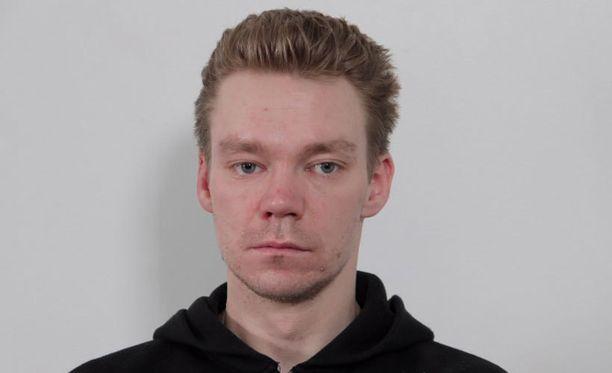 Tutkintavanki Ville Perheenmies karkasi Kotkan poliisivankilasta sunnuntaina.