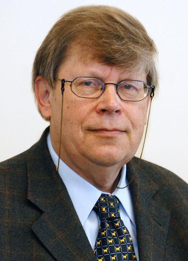 Olli Heinonen erosi IAEA:n johdosta elokuun alussa.