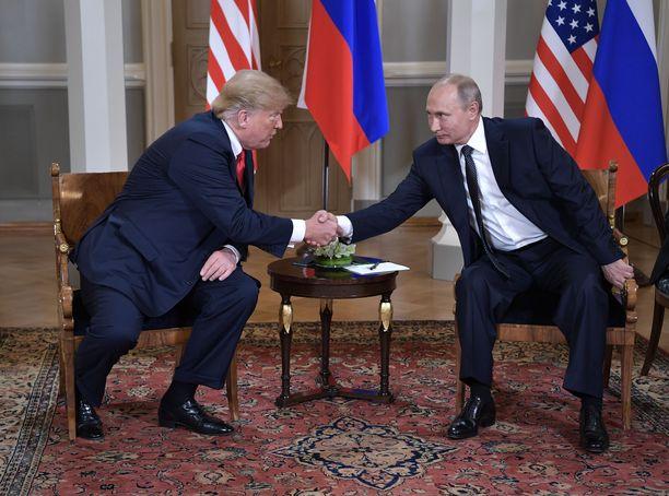 Trump ja Putin tapasivat Helsingin huippukokouksessa viime heinäkuussa. Tapaamisen muistiinpanot halutaan nyt julki.