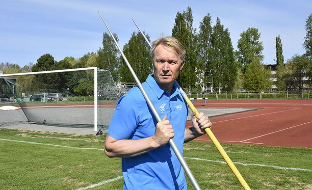 57-vuotias Tapio Korjus työskentele Kuortaneen urheiluopiston rehtorina.
