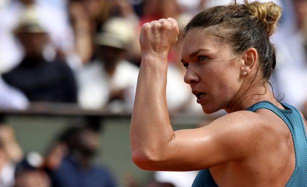 Simona Halep dominoi Ranskan avointa tennisturnausta.