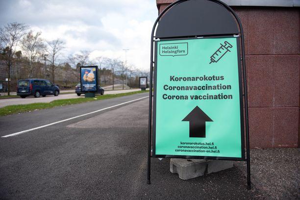 Koronavirusrokotukset jatkuvat alueilla samoilla kriteereillä ja järjestyksessä kuin aiemminkin.