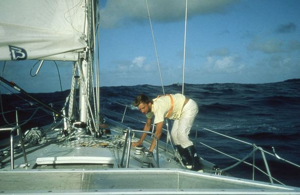 Tänään Hjallis juhlii purjehduksensa vuosipäivää.