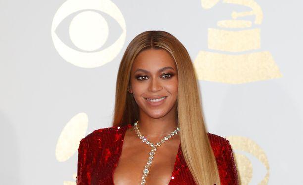 Beyoncé on onnellinen kolmen lapsen äiti.