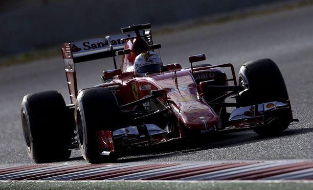Sebastian Vettel kaasutteli eilen Barcelonassa päivän toiseksi nopeimman kierrosajan.