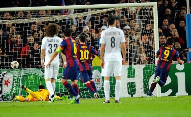 Luis Suárez pääsi juhlistamaan Barcelona-uransa toista maalia.
