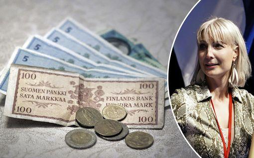 """EU:n elpymispaketti jakaa suomalaismeppejä – Laura Huhtasaari ajaa paluuta omaan valuuttaan: """"Pitäisi alkaa valmistella"""""""