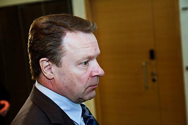 Ilkka Kanerva yritti viimeiseen asti saada venäläiset mukaan Etyj-kokoukseen.