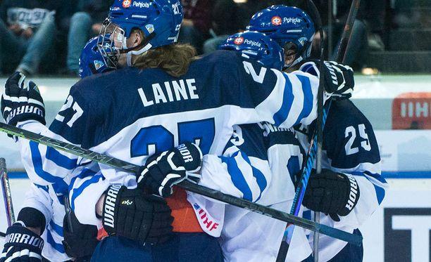 Suomen alle 18-vuotiaiden maajoukkue pelaa sunnuntaina MM-finaalissa.