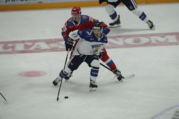 Oula Palve sai runsaasti vastuuta Venäjä-ottelussa.