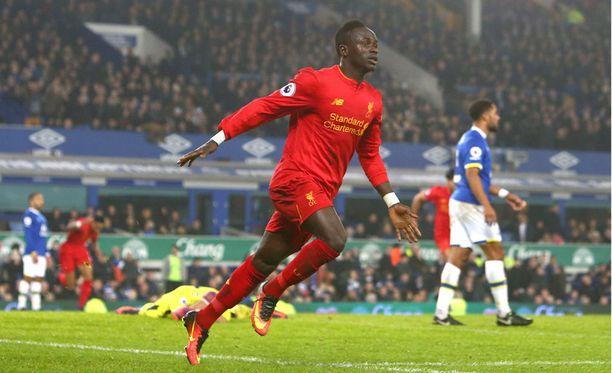 Sadio Mané viimeisteli 227. Liverpoolin derbyn voittomaalin.