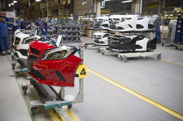 Uudenkaupungin autotehtaan onnistuminen A-sarjan Mercedes-Benzin valmistuksessa oli portti suuremman GLC:n valmistukseen.