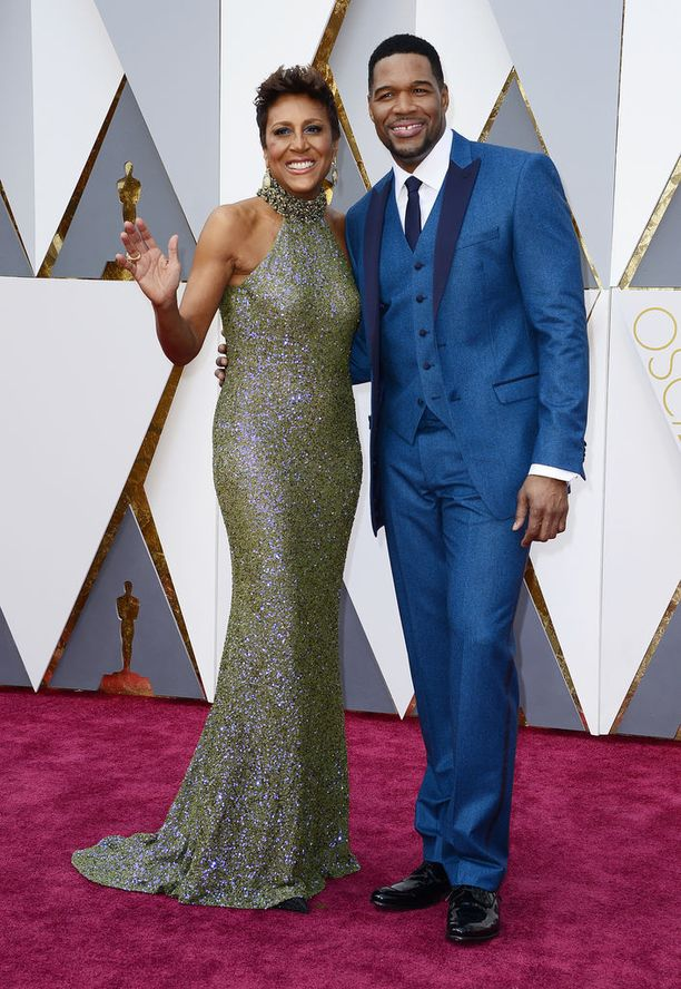 Good Morning America -juontajat Robin Roberts ja Michael Strahan ovat tuttuja myös Oscar-gaalan punaiselta matolta.