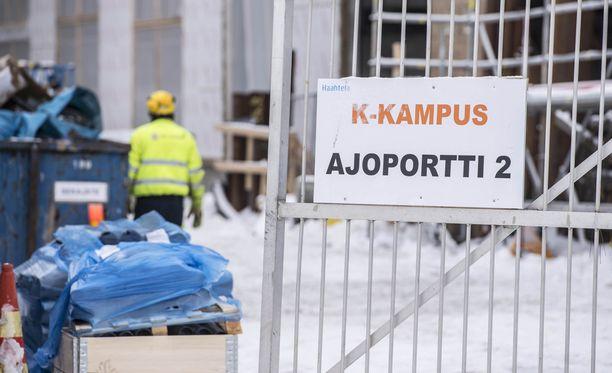 Onnettomuus tapahtui Helsingin Kalasatamassa sijaitsevalla K-Kampuksen työmaalla.