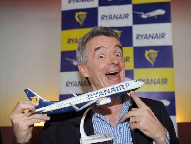 Ryanairin toimitusjohtaja Michael O'Laery aikoo houkutella asiakkaita lentomatkoille pornolla ja uhkapeleillä.