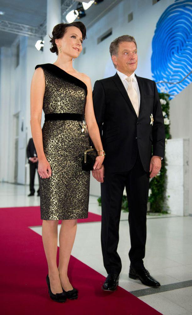 Rouva Jenni Haukio ja presidentti Niinistö.