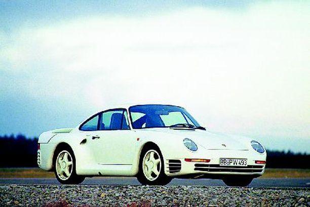 Bill Gatesin lemmikkejä ovat 1999-mallinen Porsche Carrera 911 avoauto ja harvinainen Porsche 959 vuosimallia 1988.