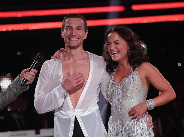 Edis Tatli ja Katri Mäkinen ovat menestyneet tanssikisassa erinomaisesti.