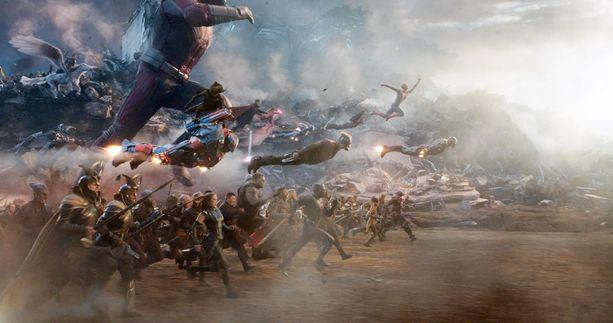 Marvel Cinematic Universen jättisatsaus Avengers: Endgame löi lipputuloennätyksen.