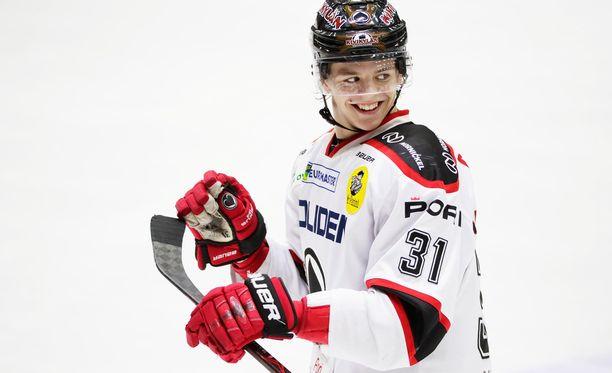 Jesperi Kotkaniemen kauteen mahtui läpimurto Ässissä ja Pikkuleijonien johdattaminen MM-kultaan.