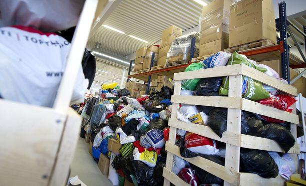 Etenkin kiltit tai vaikeaan elämäntilanteeseen joutuneet ihmiset saattavat huomata päätyneensä toisten kierrätyskeskuksiksi.