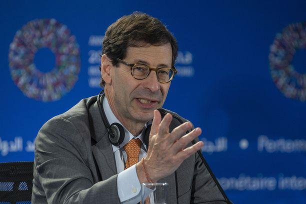 IMF:n johtava ekonomisti Maurice Obstfeld sanoi, että veroleikkaukset hyödyttävät tällä hetkellä Yhdsyvaltojen taloutta, mutta niiden vaikutus kääntyy pian ympäri.