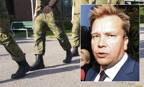 Puolustusministeri Antti Kaikkonen on pyytänyt uutta selvitystä diabeetikoiden mahdollisuudesta suorittaa varusmiespalvelus.