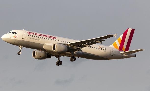 Halpalentoyhtiö Germanwings-yhtiön kone putosi maahan tiistaina.