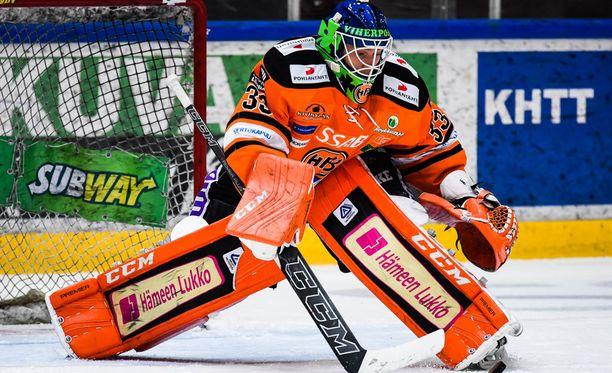 HPK-vahti Emil Larmi piti nollan Kuopiossa.