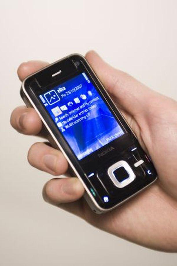 TYYLIKÄS. Sormenjäljet näkyvät helposti N81:ssa.