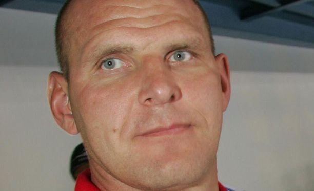 Kasvatustieteiden kandidaatti Aleksandr Karelin edustaa duumassa Yhtenäinen Venäjä -puoluetta.