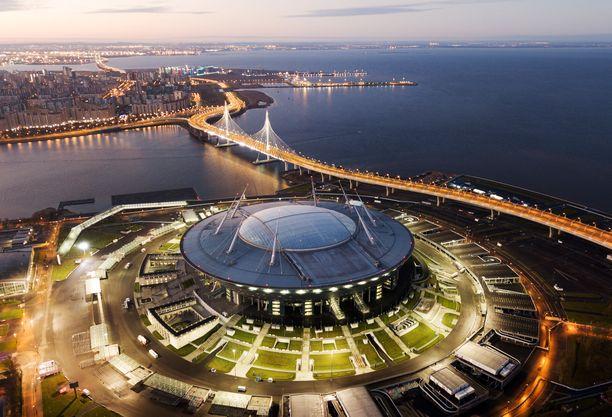 Viime vuonna Pietariin valmistunut Krestovski-stadion oli yksi jalkapallon 2018 MM-kisojen päänäyttämöistä. Siellä pelattiin muun muassa välierä Ranska-Belgia ja pronssipeli Belgia-Englanti.