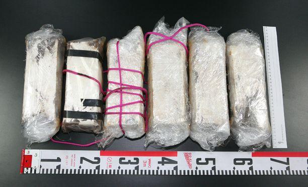 Takavarikoitujen huumausaine-erien katukauppa-arvo Suomen markkinoilla olisi tullin mukaan jopa noin 1 336 000 euroa.